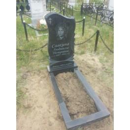Памятник надгробный